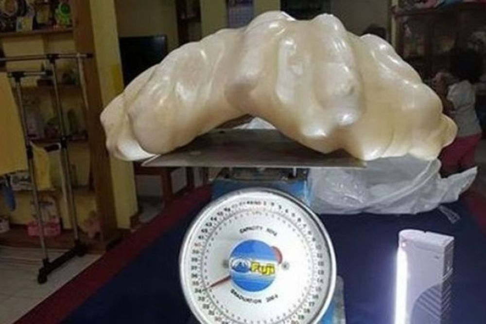 GDE JE OVO RASLO: Ribar godinama spavao na biseru teškom 34 kilograma!