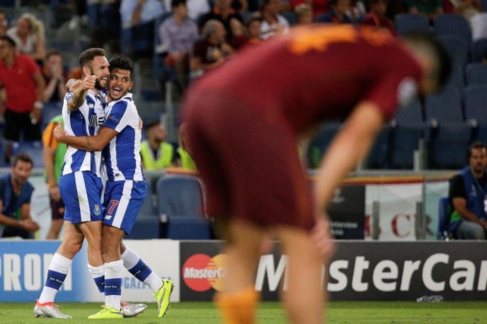 (VIDEO) VUČICA NA KOLENIMA: Porto protutnjao Rimom, i Ludogorec u Ligi šampiona