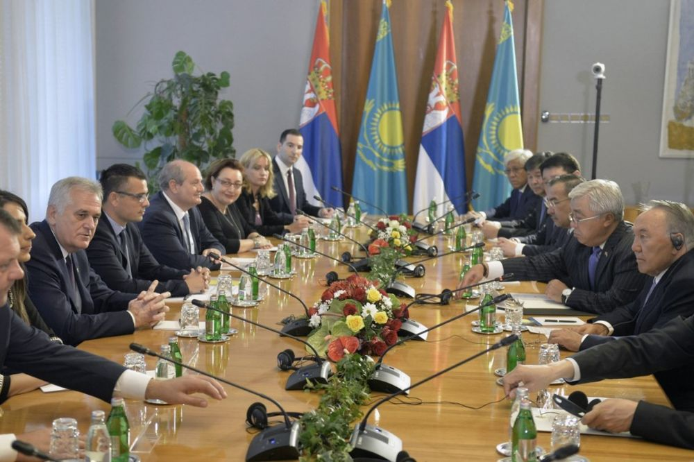 SARADNJA VOJVODINE I ALMATINSKE OBLASTI: Mirović i Batalov parafirali sporazum