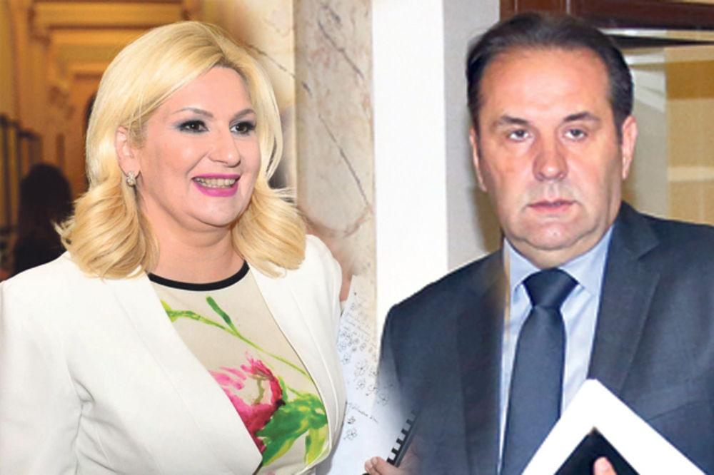POLITIČARI LEČE ŽIVCE: Zoranu smiruju cvetići, Rasima i Antića škrabotine