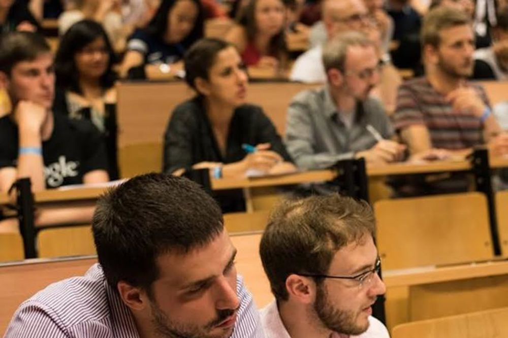 SRBI ŠAMPIONI EVROPE U RASPRAVI: Studenti PEP-a debatni prvaci prvenstva u Varšavi!
