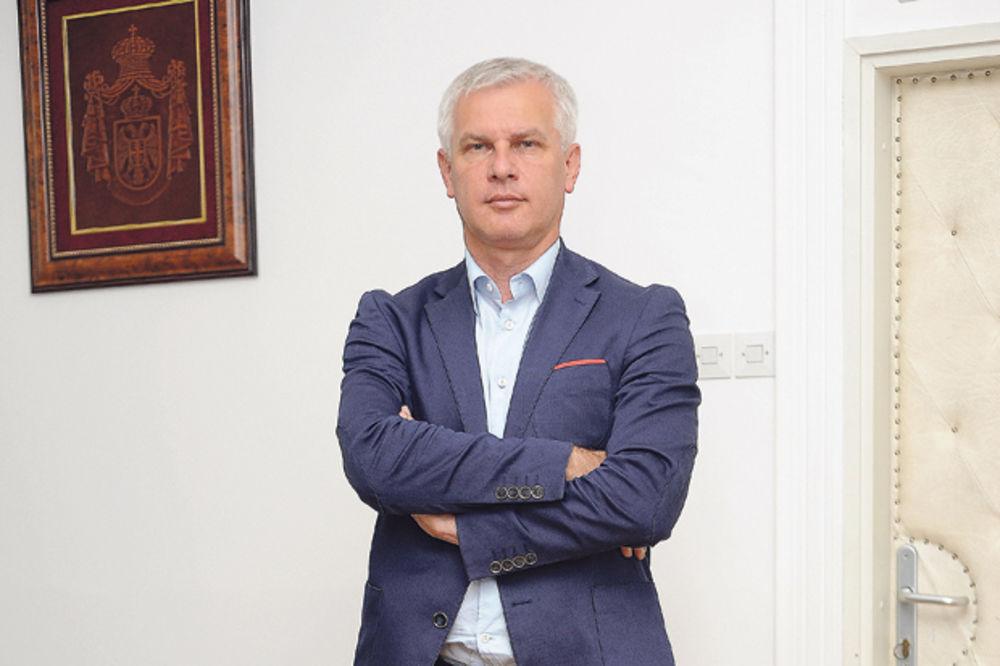 BAHATOST U SRBIJAVODAMA: Puzović spiskao 800.000 na privatne preglede zaposlenih