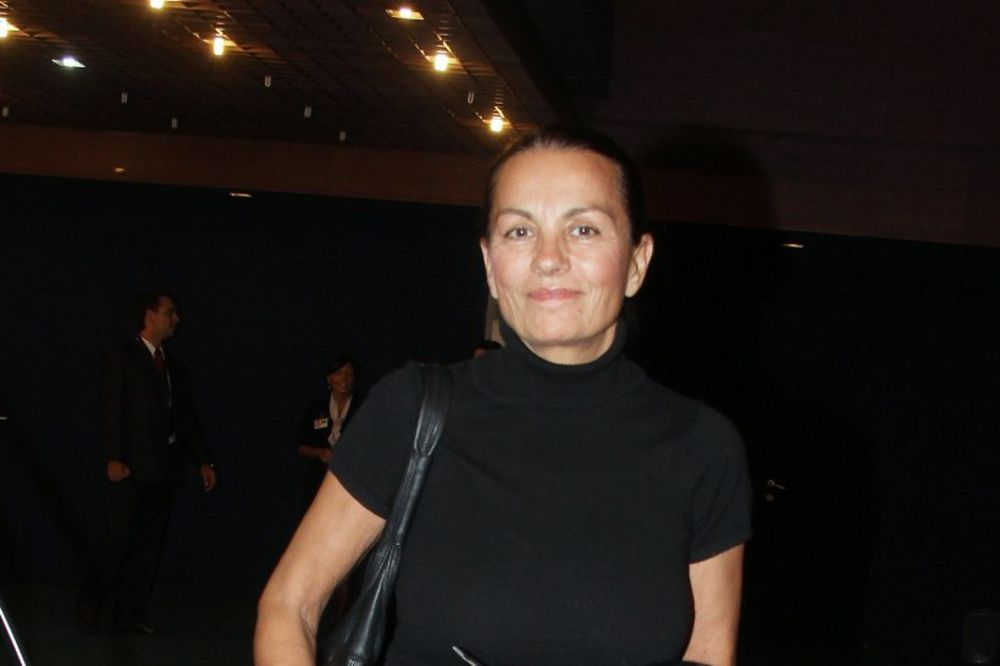 POKLONILA SE MOŠTIMA SVETOG VASILIJA: Ljiljana Blagojević posetila manastir Ostrog