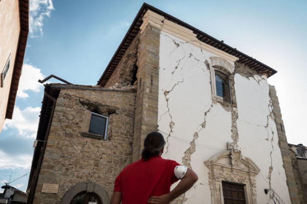 POTRES I NA MREŽAMA: Italijani uvereni da Vlada lažira podatke o jačini zemljotresa, a evo i zašto