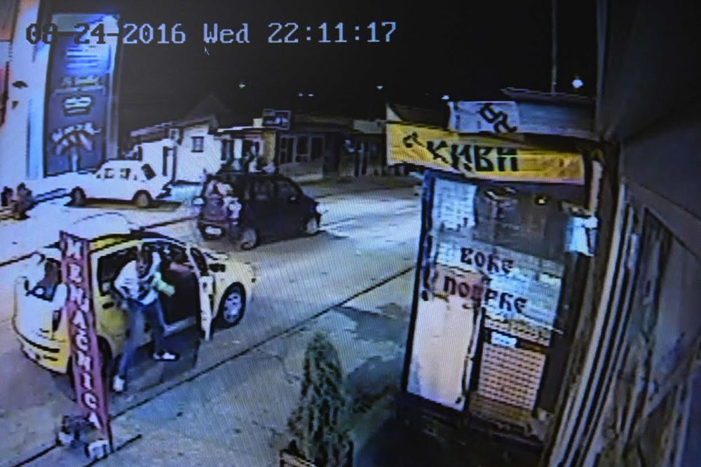 OVO JE TRENUTAK PRED TRAGEDIJU: Došlo je do koškanja, a ubica se vratio i udarao taksistu!