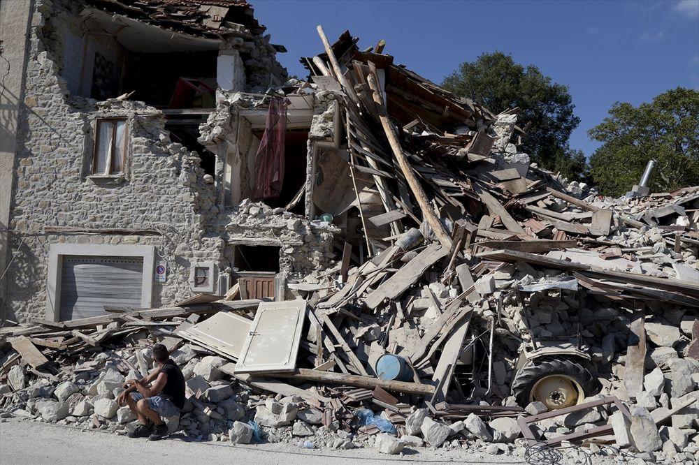 ZEMLJA SE NE SMIRUJE: U Italiji novi zemljotres jačine 4,4 Rihtera!