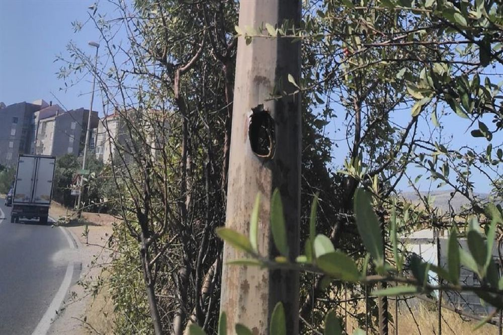 (FOTO) UŽAS U MOSTARU: Zoljom gađao policijsku nadzornu kameru, raketa promašila benzinsku pumpu!