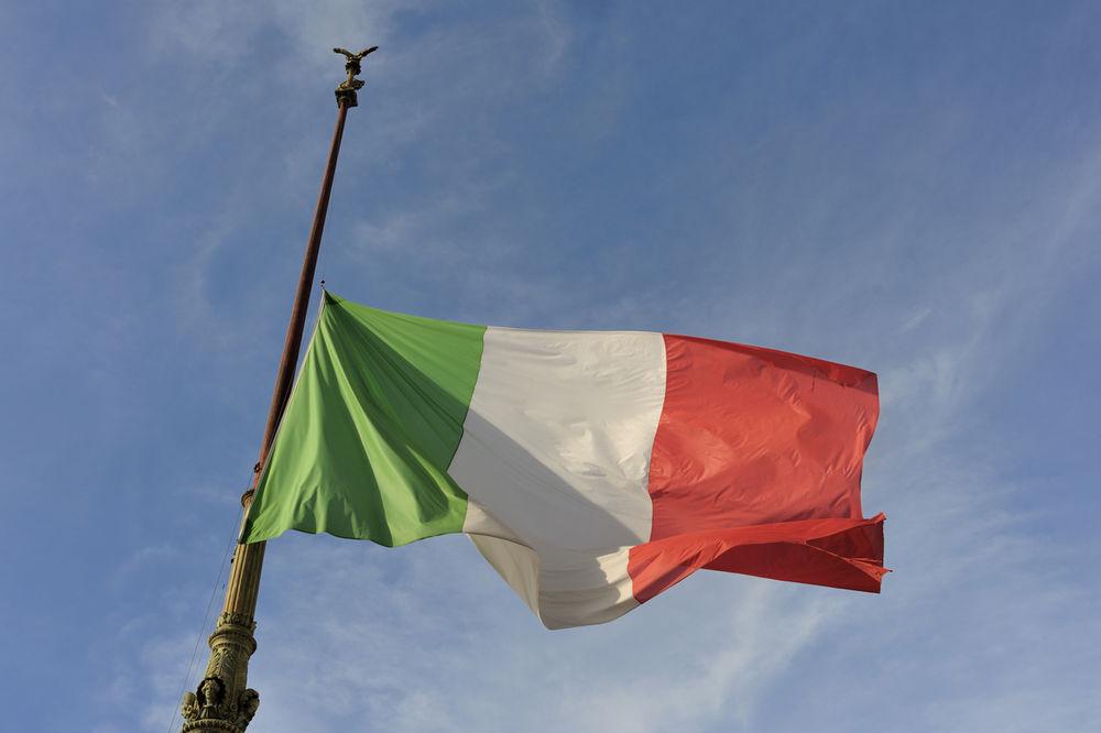 TUGA ZA ŽRTVAMA ZEMLJOTRESA: U Italiji sutra Dan žalosti i državna sahrana