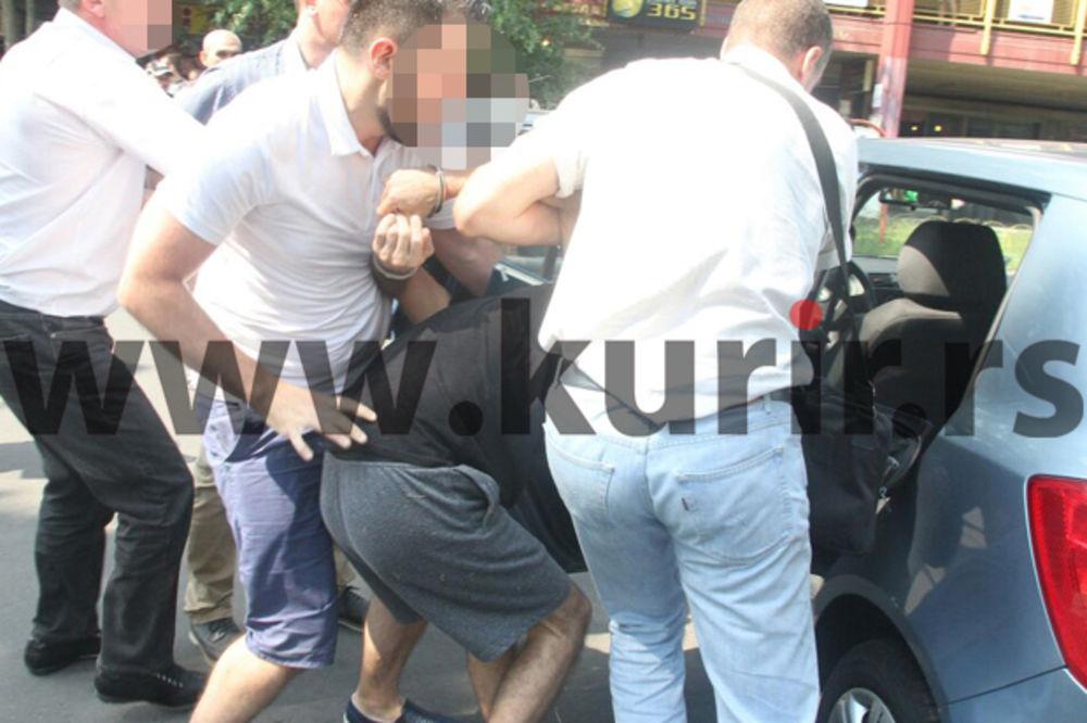 (FOTO) FILMSKA AKCIJA POLICIJE U SLIKAMA: Ovako je izgledala opsada solitera i hapšenje u Bloku 45