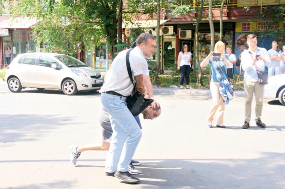 EVO ZAŠTO JE SAŠA STOJANOVIĆ PUCAO DO BLOKA 45: Sa dva automobila jurili da ga ubiju!