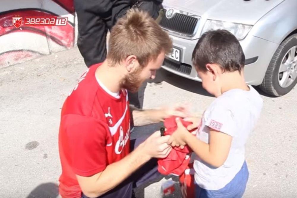 (VIDEO) POTRESNA PRIČA DOBILA NASTAVAK: Uplakani mali Delija upoznao svog idola!