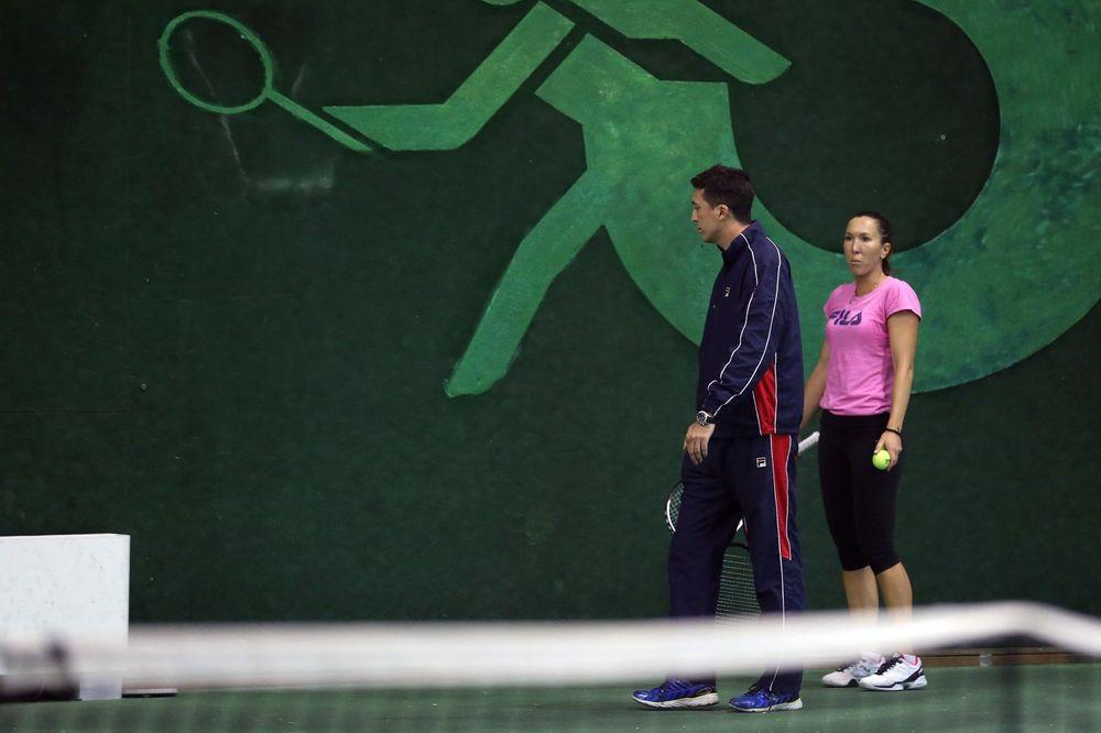 MISICA SE UDAJE ZA JELENINOG BRATA: Evo kako izgleda snajka naše teniserke