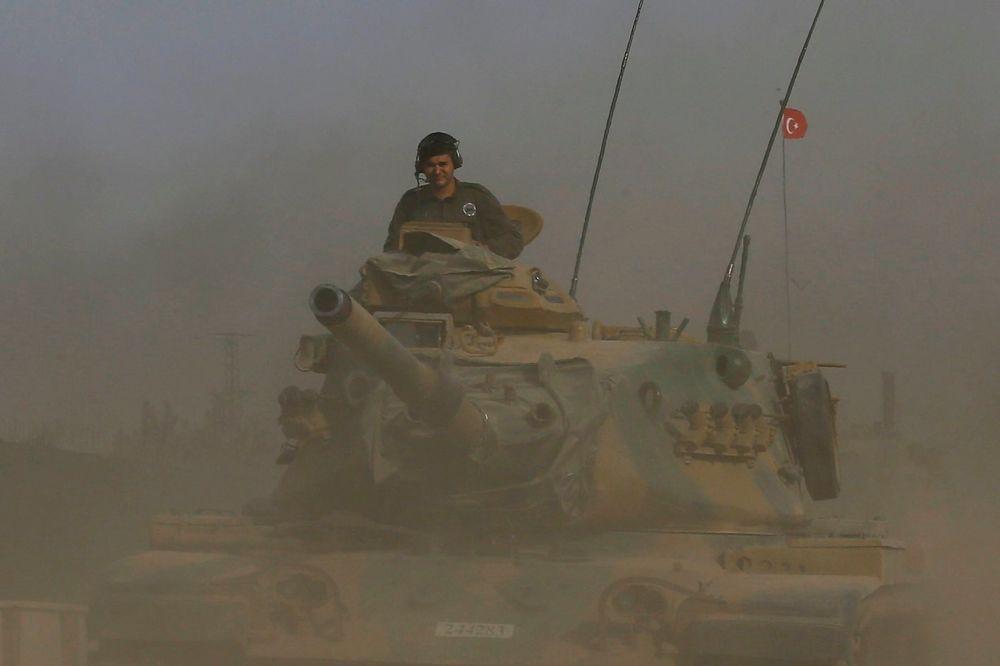 VAŠINGTON TRAŽI OD ANKARE DA MALO OHLADI: Turska izvela 57 napada u Siriji