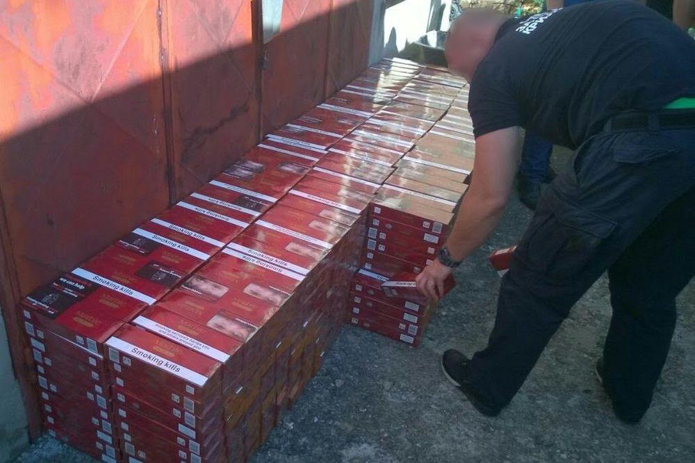 AKCIJA POLICIJA BEOGRADA I PANČEVA: Zaplenili 9.500 paklica cigareta