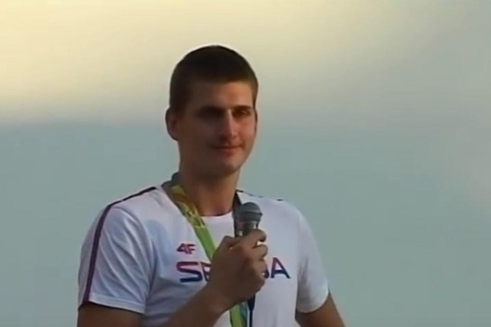 (VIDEO) JOKIĆ NIJE IZDRŽAO: Srpski košarkaš zaplakao pred Somborcima