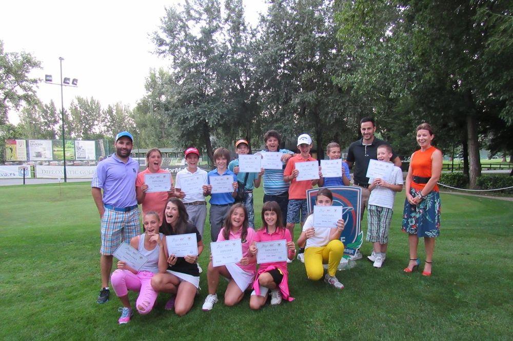 ULAGANJE U BUDUĆNOST: Održan kamp za perspektivne golfere