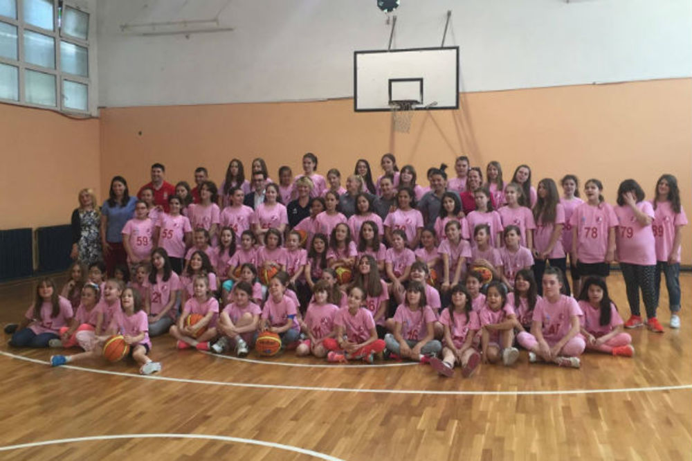 STVARAJU SE NOVE MILICE, ANE, SONJE, JELENE: Besplatna škola košarke Marine Maljković ponovo radi