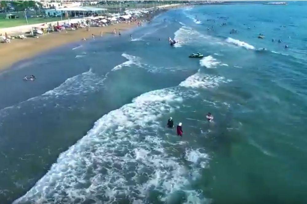 (VIDEO) SIRIJA SPREMNA ZA NOVU OFANZIVU: Damask zove turiste da nagrnu na njihovu obalu!