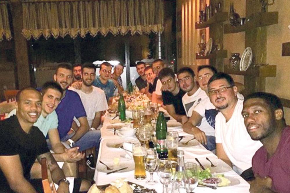 ČASTIO ZA MEDALJU: Birčanić izveo Partizan na večeru