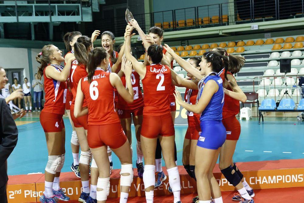 ZLATO NIJE ODBRANJENO: Juniorke Srbije evropske vicešampionke u odbojci