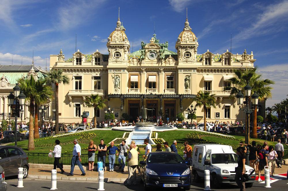 PORESKI RAJ NA DRUGOM KRAJU SVETA: Teniseri beže iz Monaka, a evo i gde...
