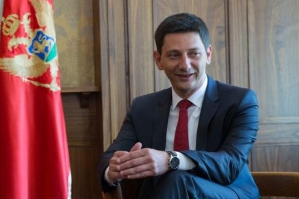 PREDSEDNIK CRNOGORSKE SKUPŠTINE: Ruskim parama ruše Crnu Goru