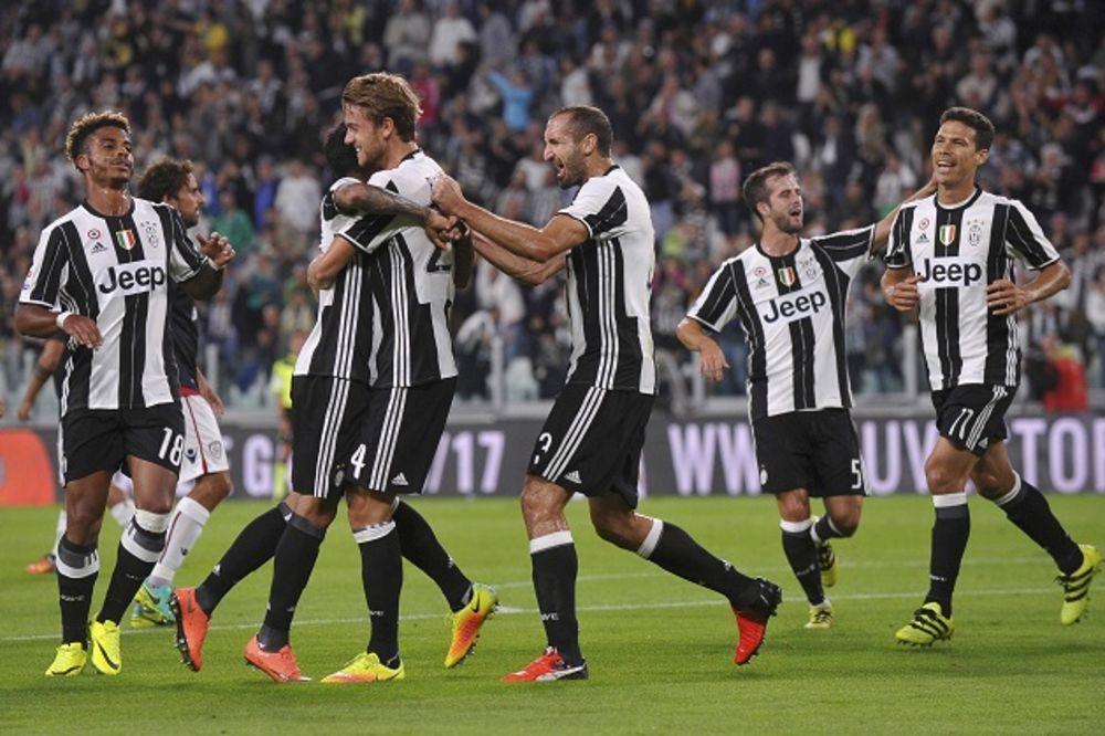 (VIDEO) SERIJA A: Moćni Juve opet lider, kiks Napolija, Ikardi nosi Inter