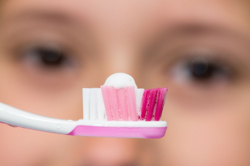 RAZMISLITE-MOZDA-JE-VREME-DA-MENJATE-NAVIKE-8-bolesti-koje-uzrokuje-neredovno-pranje-zuba