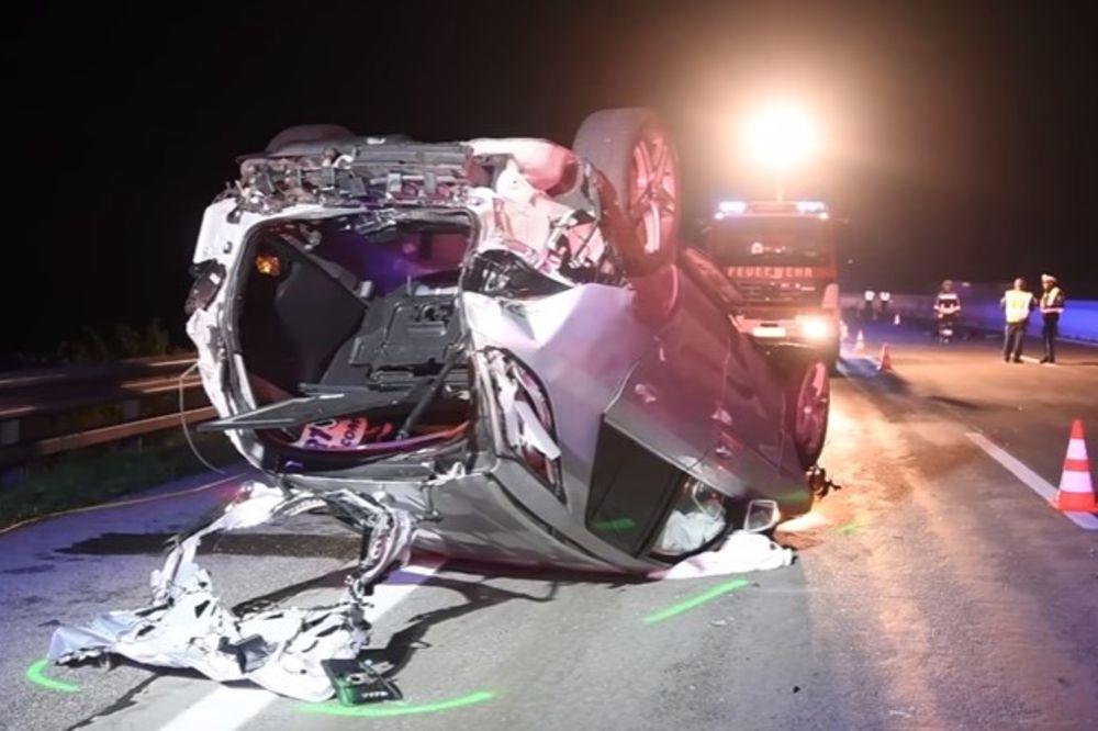 (VIDEO, FOTO) BOJNO POLJE NA AUTO-PUTU A1: Devojčica (16) poginula, 7 povređeno u teškoj saobraćajki