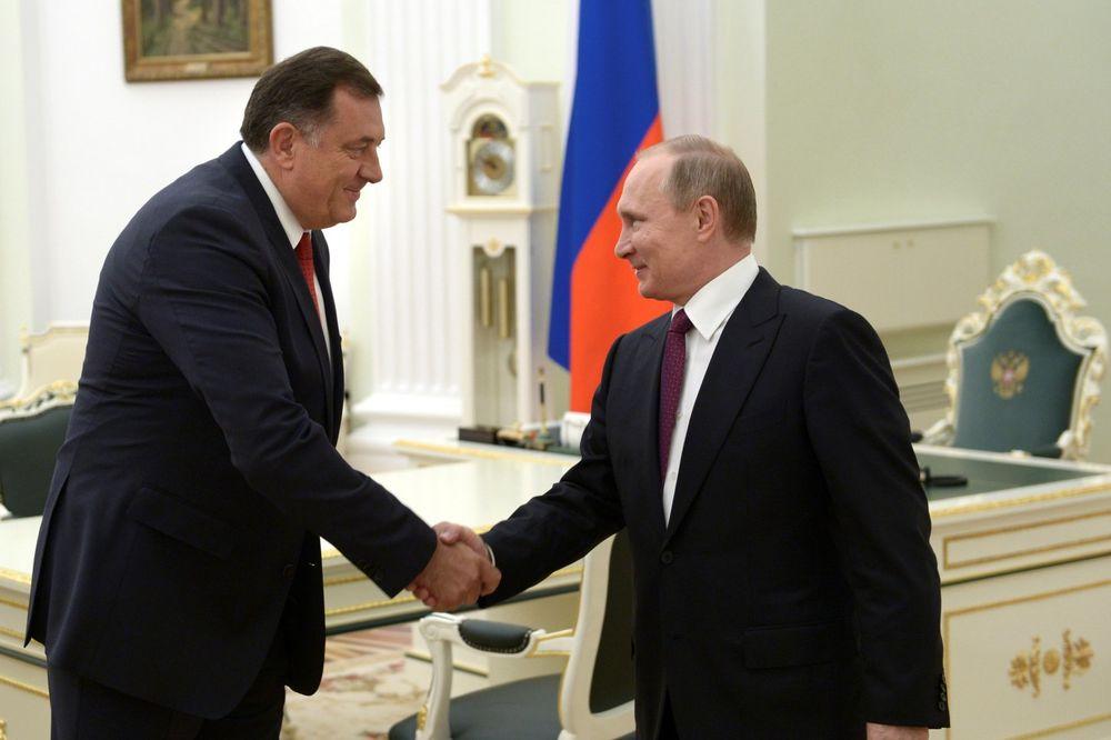 ANALITIČARI O SUSRETU U MOSKVI: To što je Putin primio Dodika je veliki gest