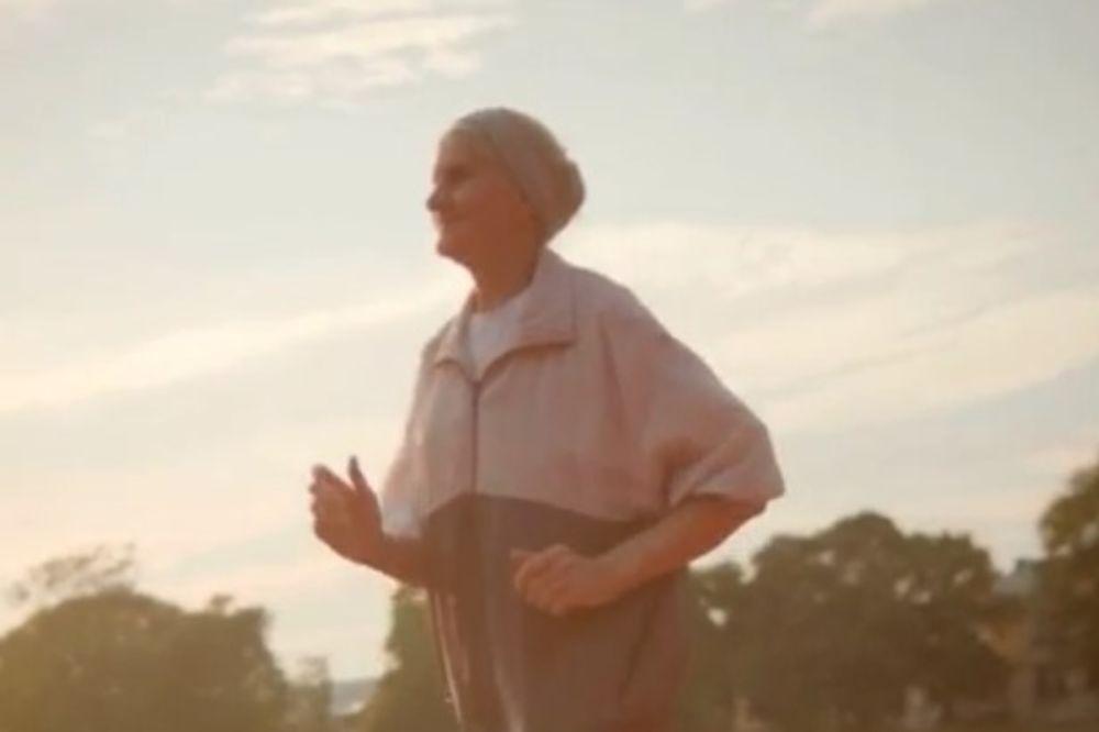 (VIDEO) KOJI JE VAŠ IZGOVOR: Baka Angelina ima OSAMDESET godina i trči ULTRAMARATON 24 sata!