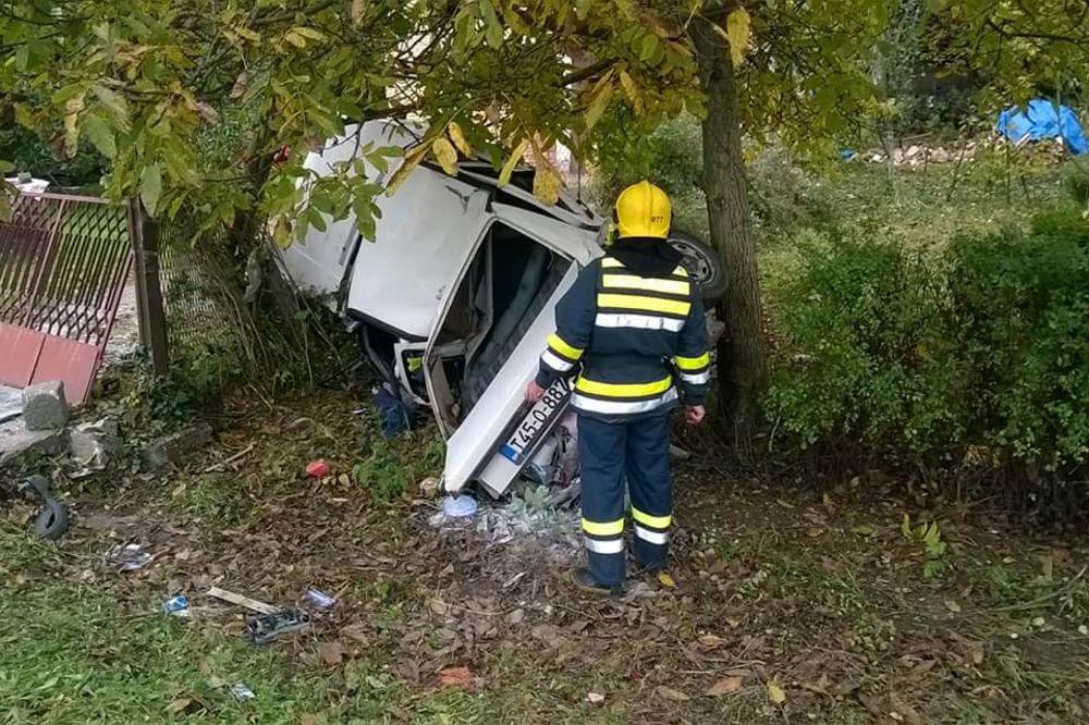 STRAŠNA NESREĆA KOD PROKUPLJA: Mladić se kamionom zakucao u AUTOBUS, pa poginuo!