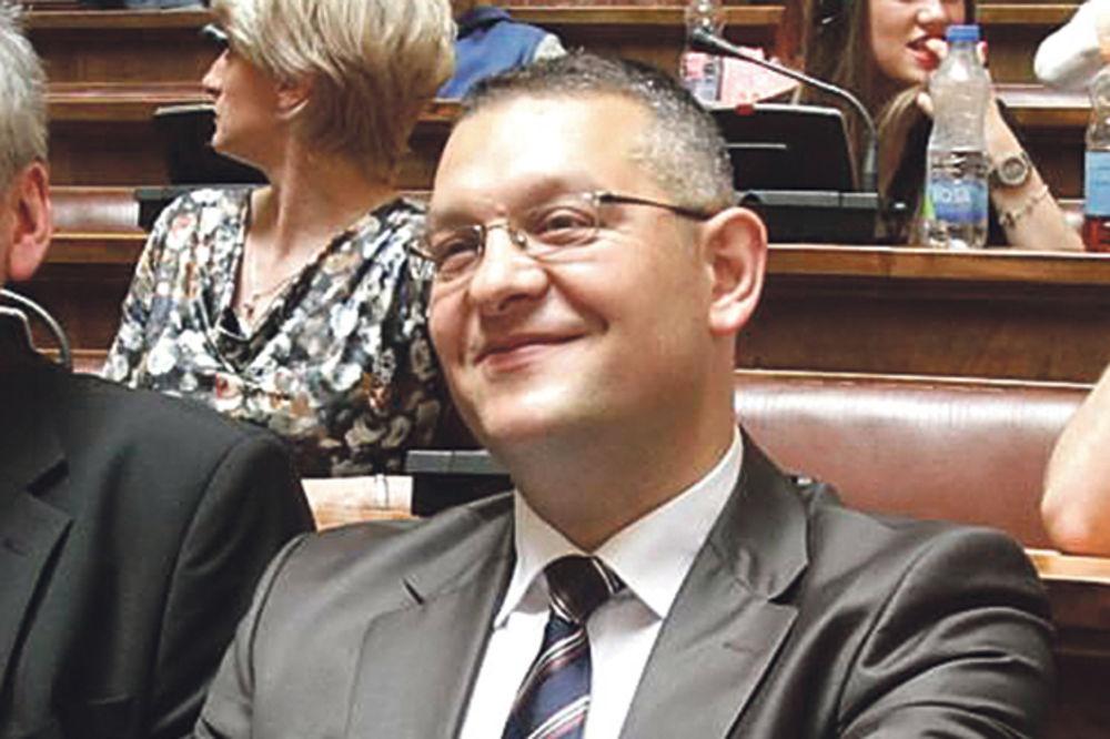 IMA SE, MOŽE SE: Žena Ljajićevog poslanika kupila 10.000 evra u kešu! Pozvala se na muža!