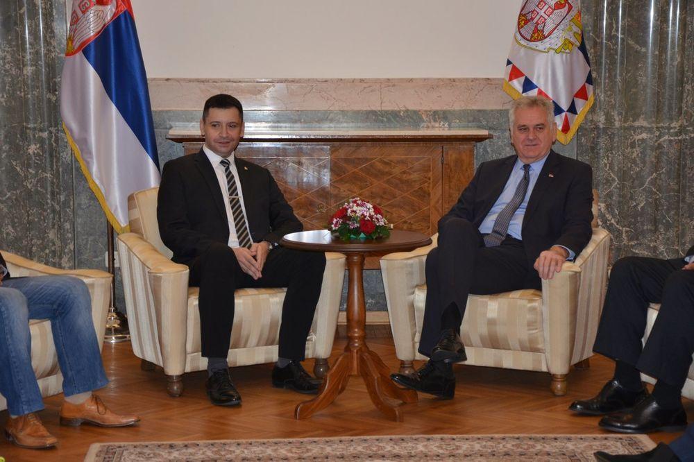 Predsednik Tomislav Nikolić i generalni sekretar AMSS Predrag Đurđev