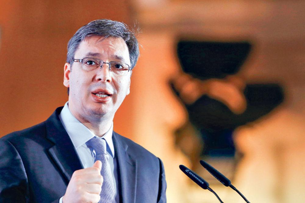SEKAPERSE: Vučić besan na ministre, bežali iz kasarne u hotele