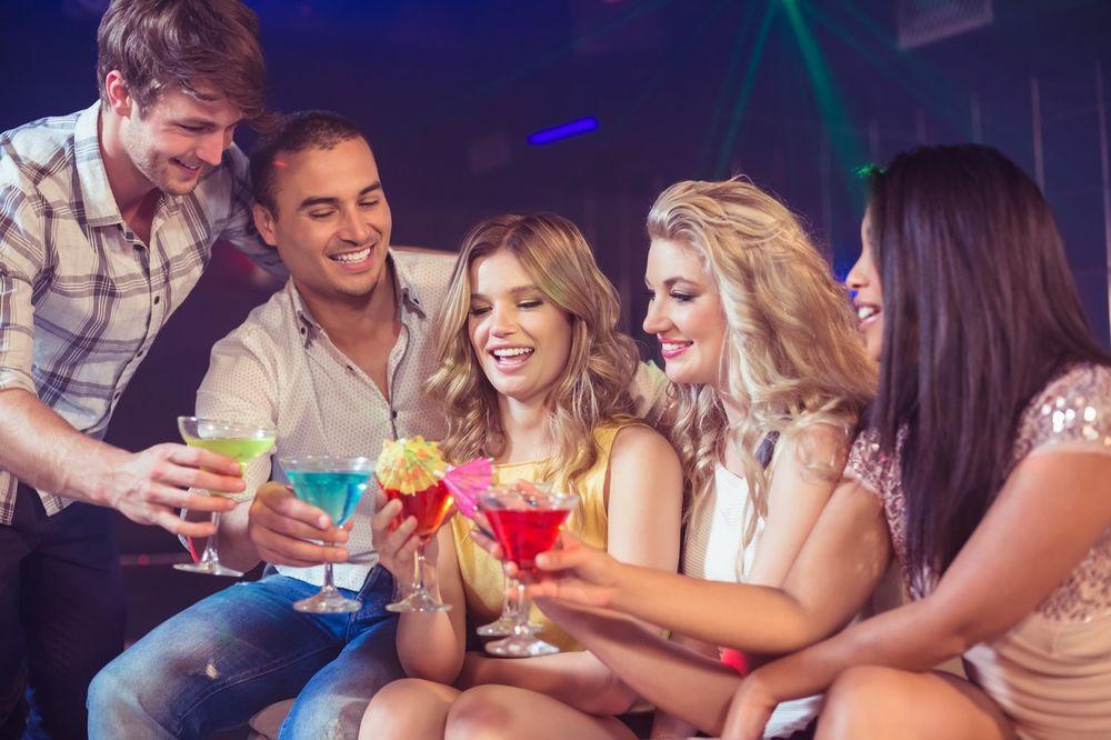 U većini zemalja se više kalorija unosi preko alkohola nego bezalkoholnih napitaka – studija