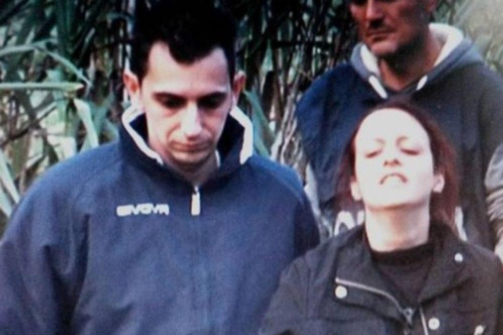 Veronika odvodi policiju do mesta gde je  bacila sina (foto printscreen youtube)