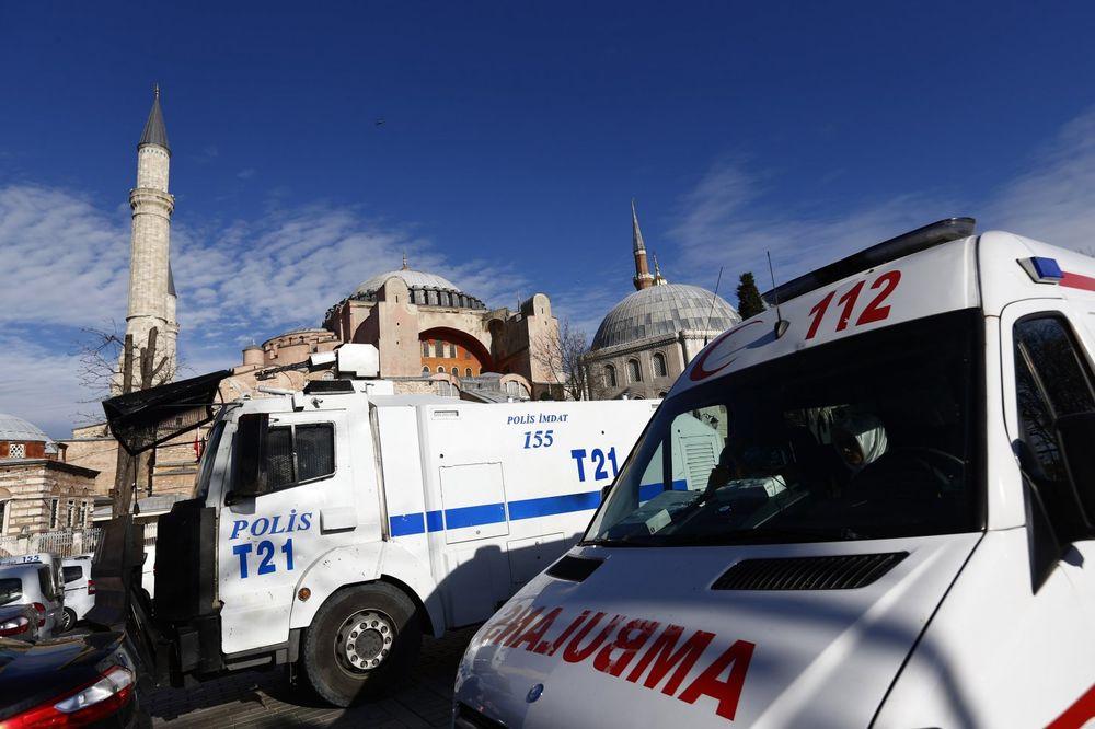 (VIDEO) STRAŠNA NESREĆA KRAJ ISTANBULA Eksplodirao tanker s gorivom u Mramornom moru, ima povređenih