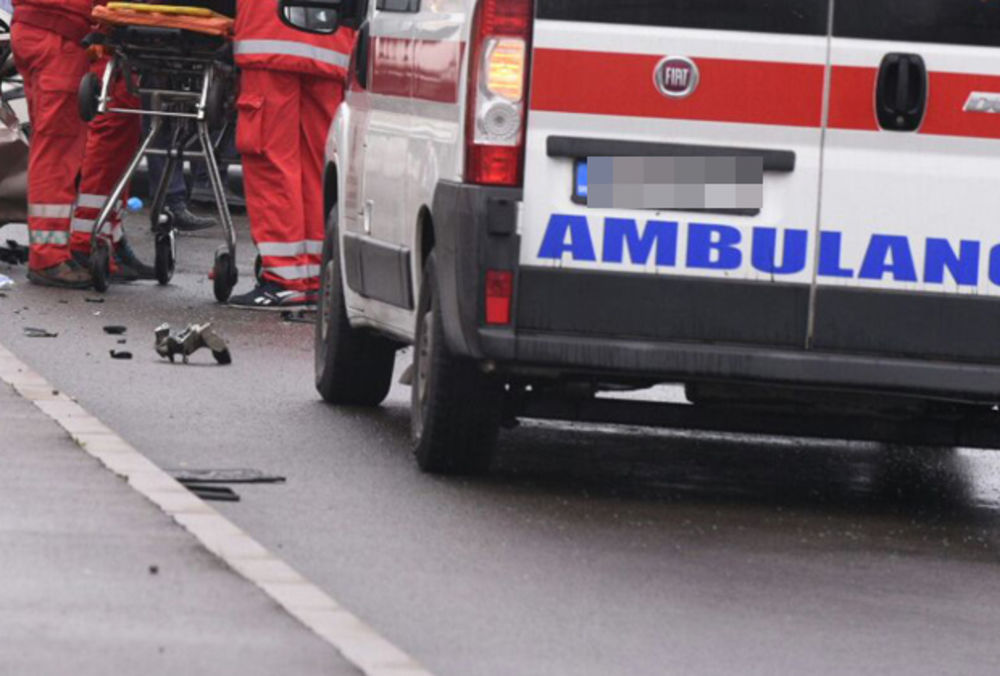 TEŠKA NOĆ U BEOGRADU: Dečak (9) povređen u Cerskoj, biciklista oboren na Zrenjaninskom putu, a motociklista kod Cvetkove pijace
