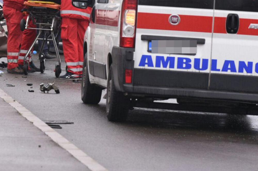 BURNA NOĆ U BEOGRADU: Kolima udarili u zgradu u ulici Braće Krsmanović