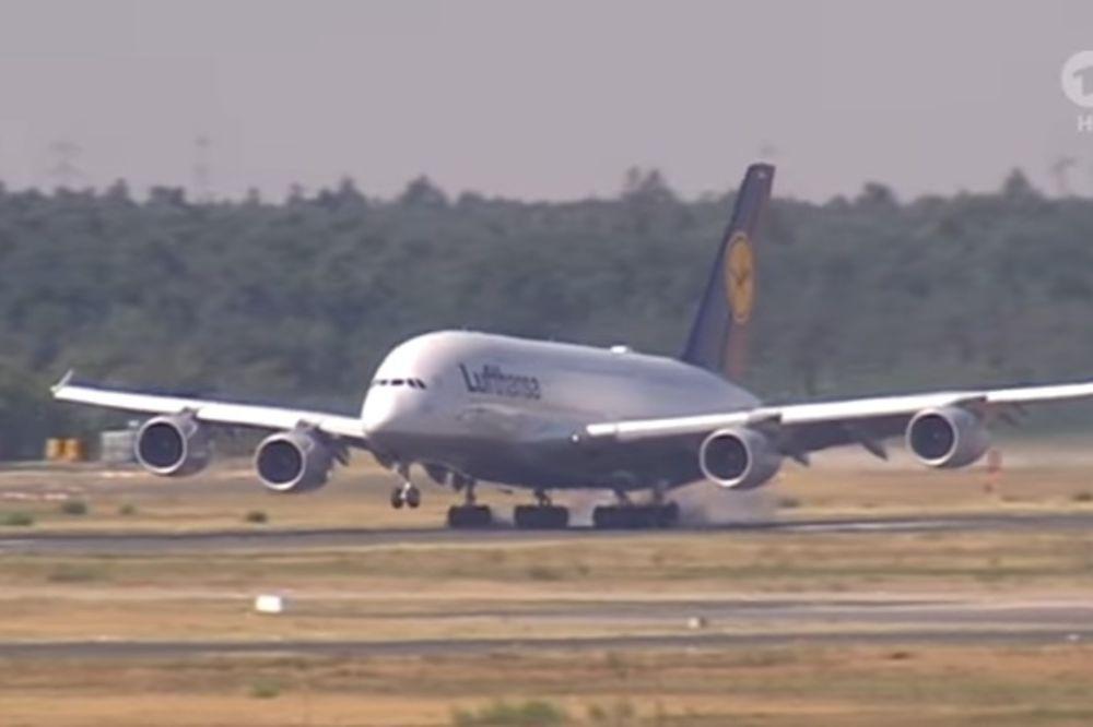 PILOTI LUFTHANZE NASTAVLJAJU ŠTRAJK: Otkazano 800 letova
