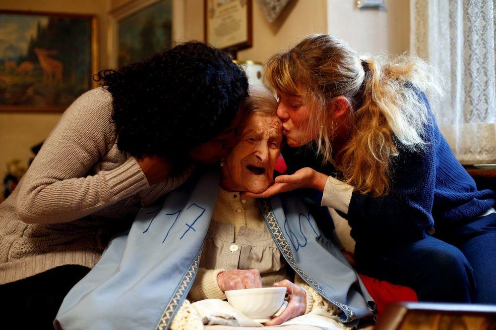 ŽIVOT U TRI VEKA: Najstarija osoba na svetu danas puni 117 godina, a ovo je njena tajna