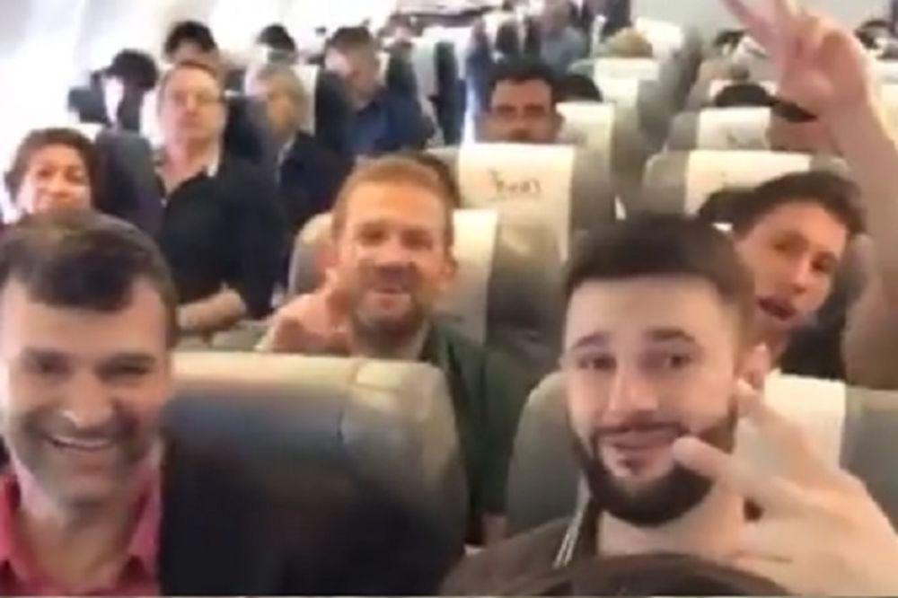 (VIDEO) I KAMEN DA ZAPLAČE: Pogledajte poslednji snimak poginulih fudbalera, sa SMEHOM otišli u SMRT