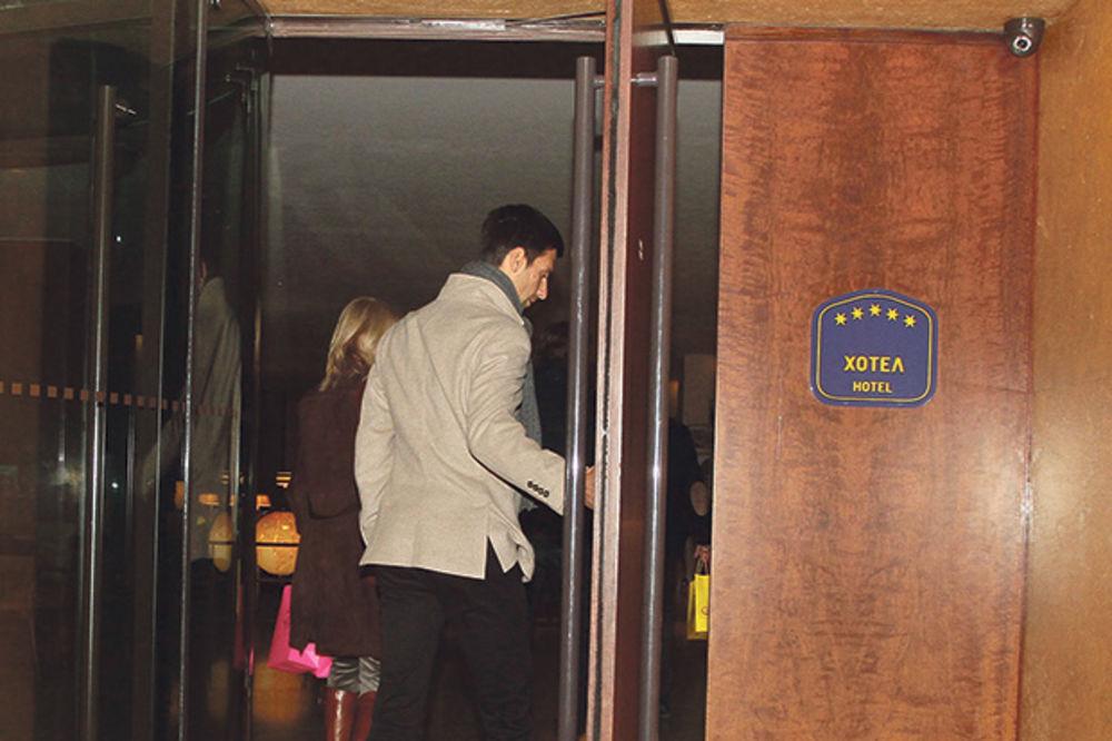 NOVAK JOŠ NEMA SVOJU KUĆU: U svom Beogradu spava u hotelu