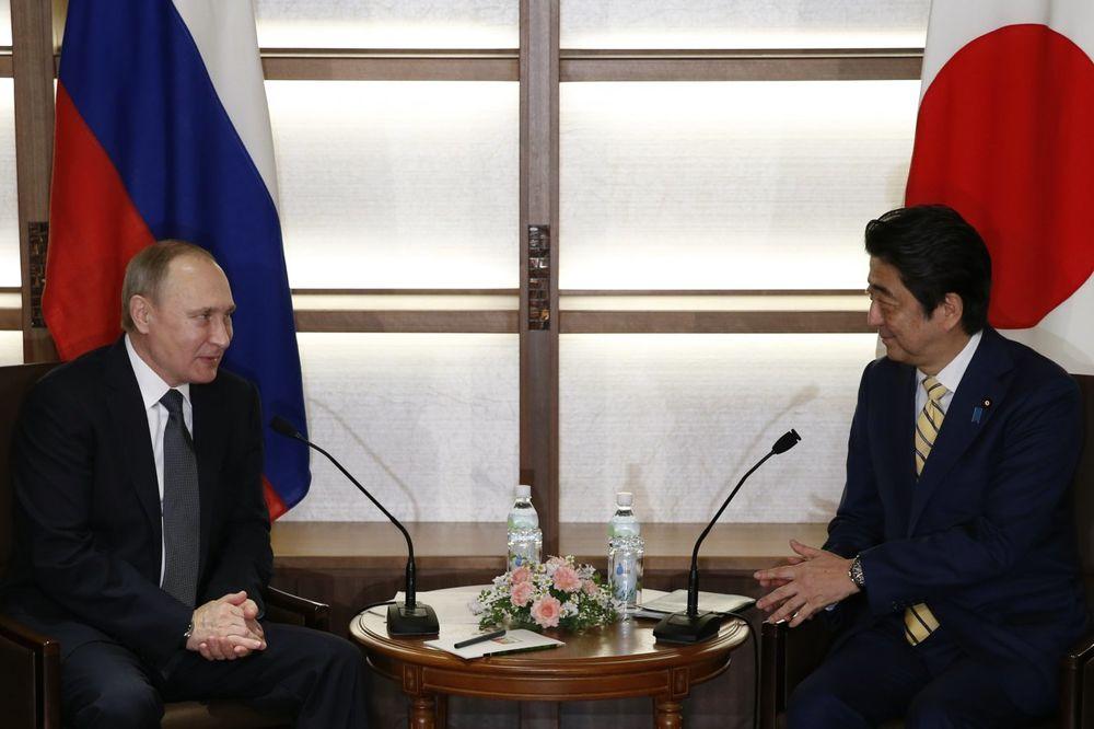 SASTANAK PUTINA I ABEA: Evo o čemu će razgovarati lideri Rusije i Japana