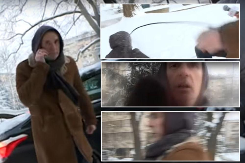(VIDEO) POTPUNO IZGUBIO KONTROLU: Lepi Mića nasrnuo na novinare! Srušio pa ŠUTIRAO voditelja!