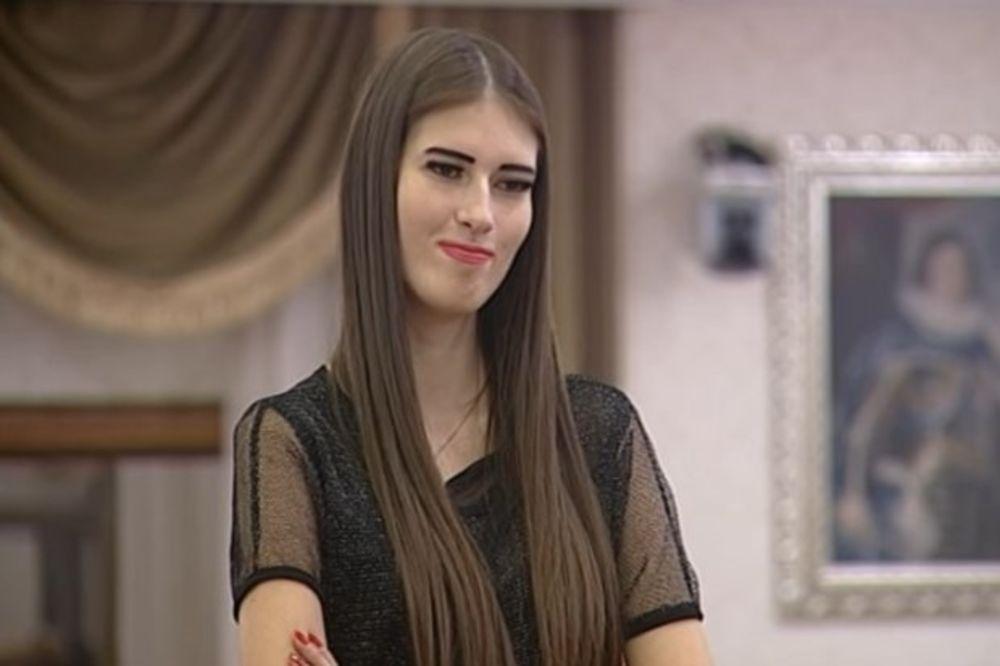 VRAĆA SE U PAROVE: Sandra Meduza ulazi u vilu da im pomrsi