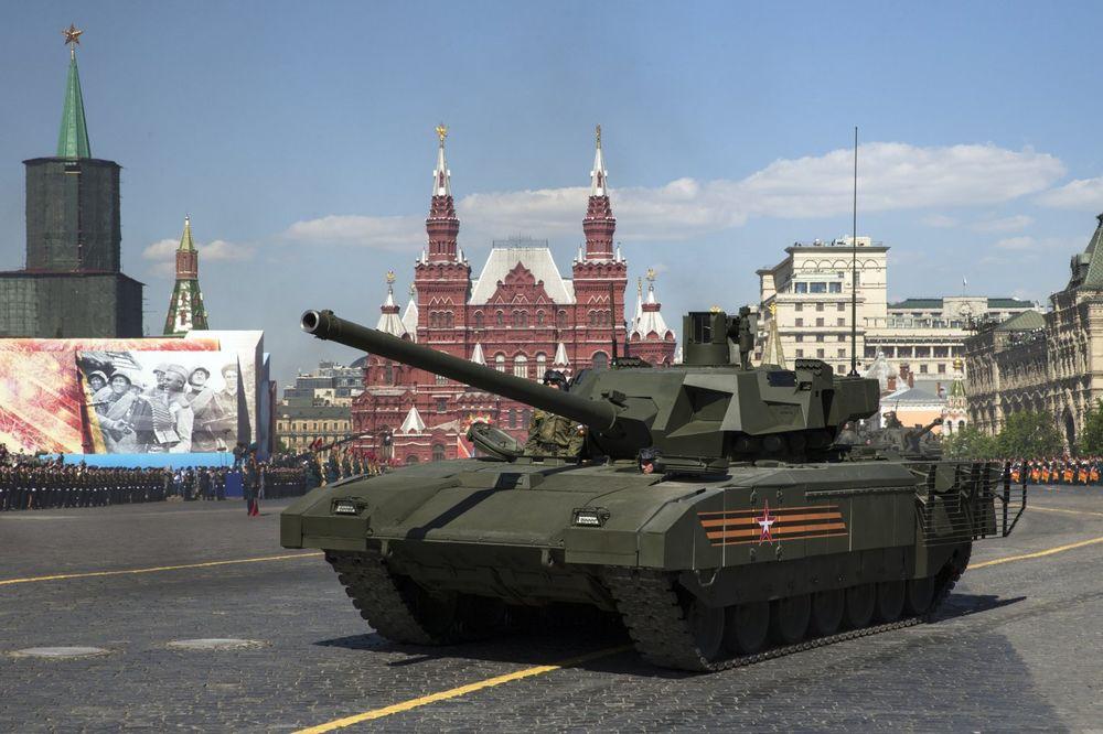 STIŽE T-14 – Armata ide u ruke brigadi koja je jurišala na Berlin!