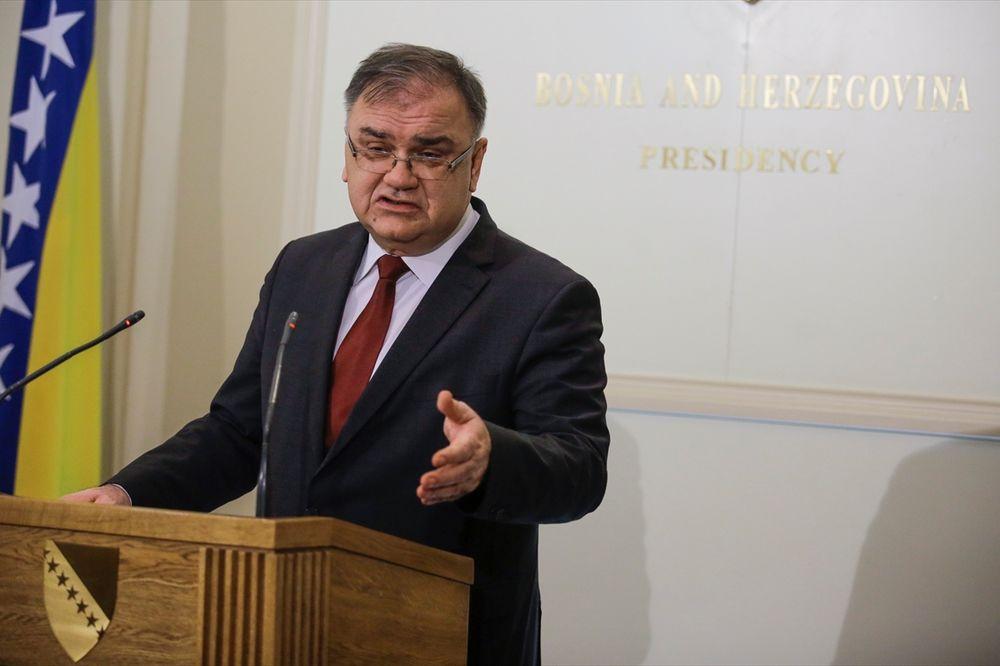 MLADEN IVANIĆ O KRIZI U BIH: Nije problem Srpska, nego Hrvati i Bošnjaci