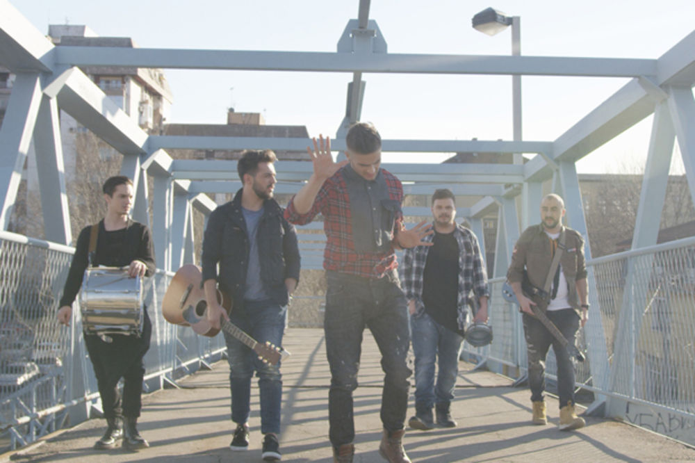 LAPSUS BAND U BORBI PROTIV NASILJA: Snimili spot za novu pesmu i podžali akciju Kurira